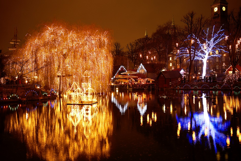 Christmas in Tivoli - Tivoli Lake Photographer Morten Jerichau