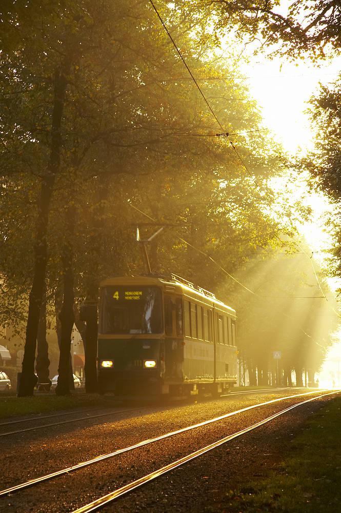 Helsinki tram 687 2